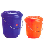 Plastic-Buckets-1-1.png